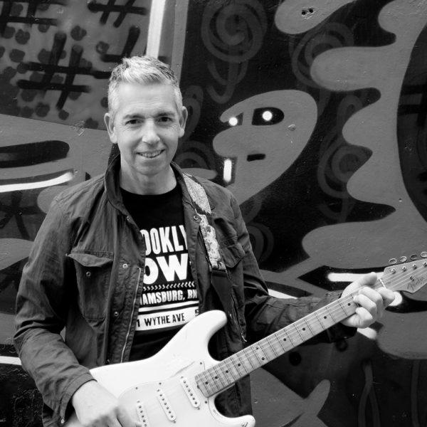Josep Herrero - Guitarra de The Generation